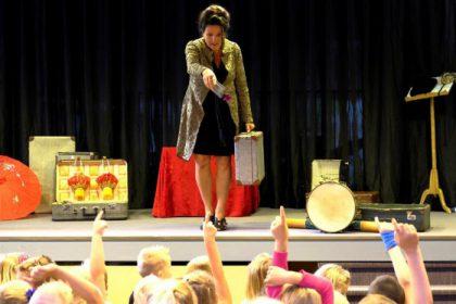 Kindervoorstelling 'Reis rond de wereld' is geschikt voor kinderen van 4 t/m 11 jaar