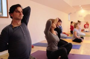 yoga in wageningen- gomukhasana